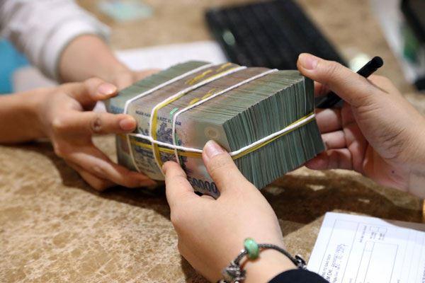Thủ tục vay tiền tại ngân hàng hay công ty tài chính đơn giản? 1